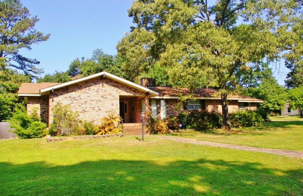 3 Bedroom, 2 Bath Home for Sale McComb, MS- SW MS