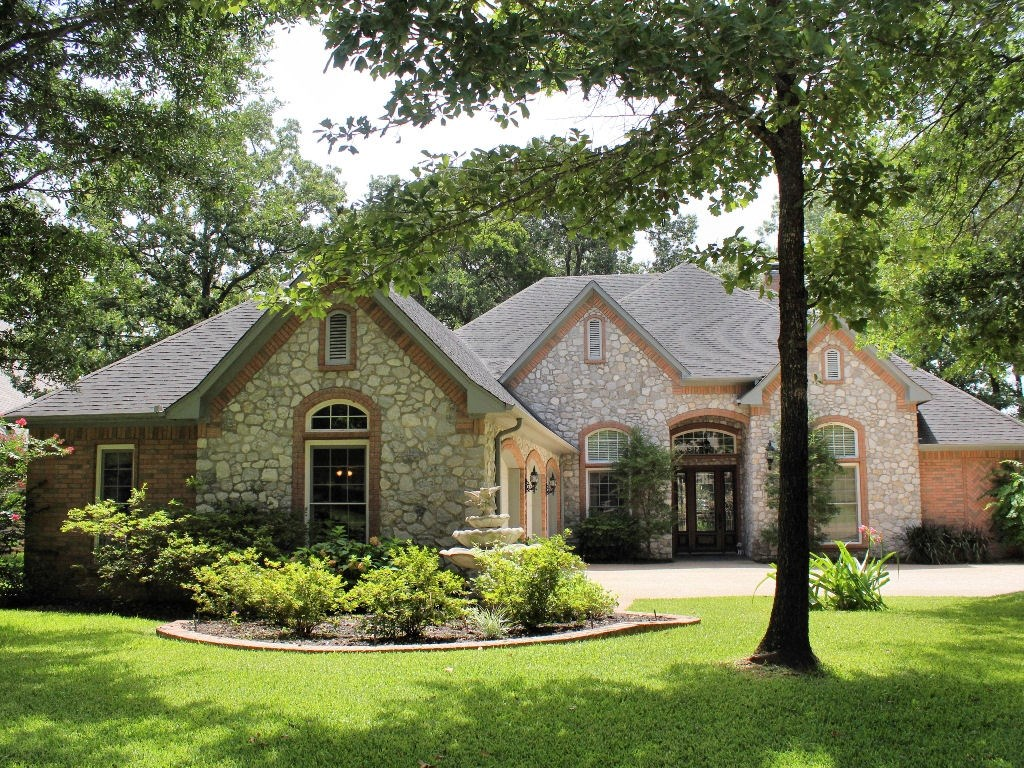 LUXURY HOME ON GOLF COURSE FOR SALE EAST TX COUNTRY CLUB