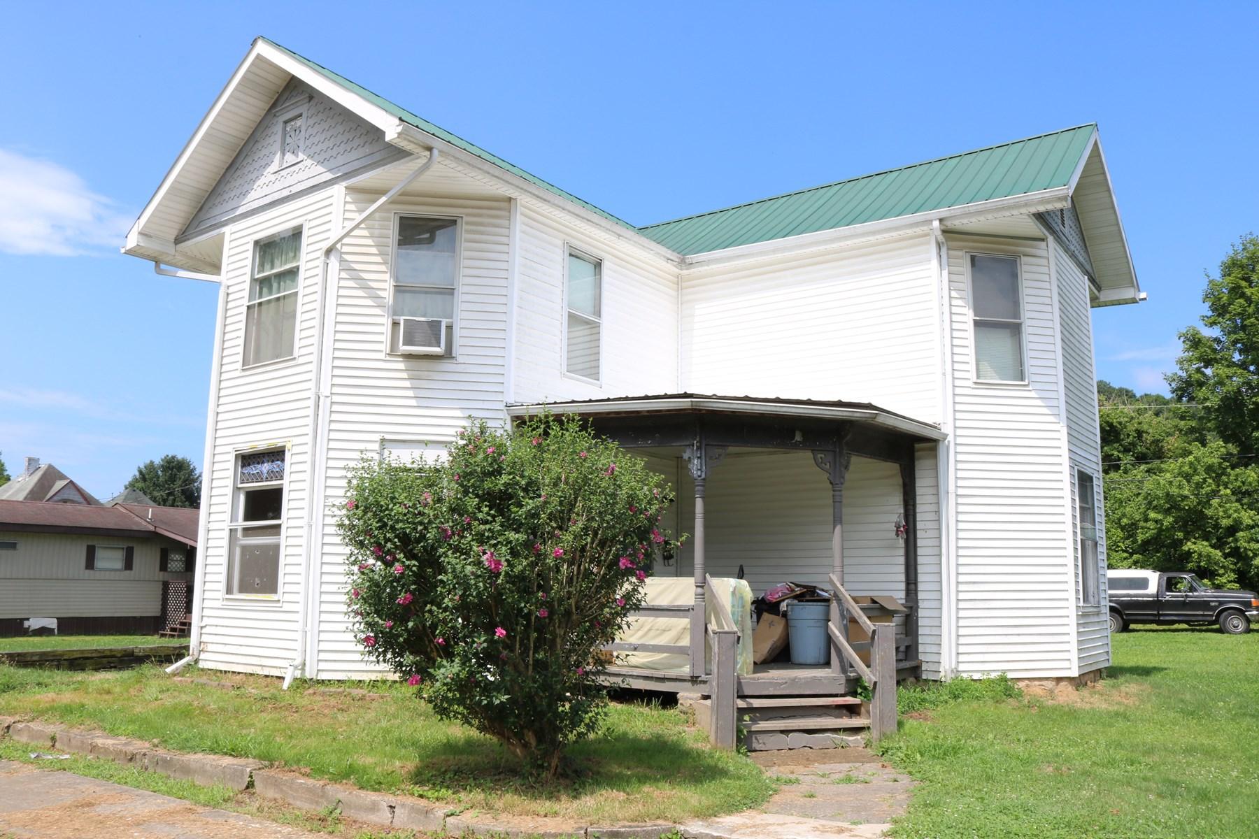 Real Estate Auction Three Unit Home Min Bid  12 500
