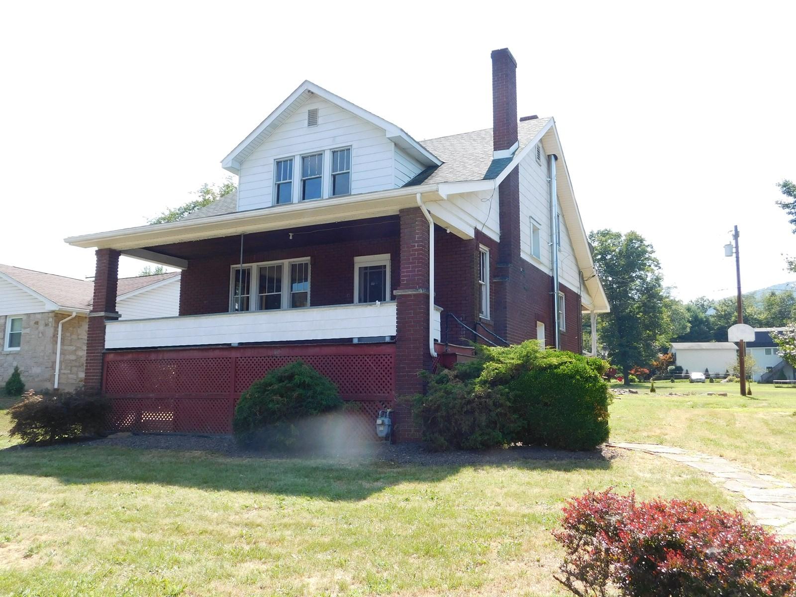 Single Family Home in Ellerslie MD