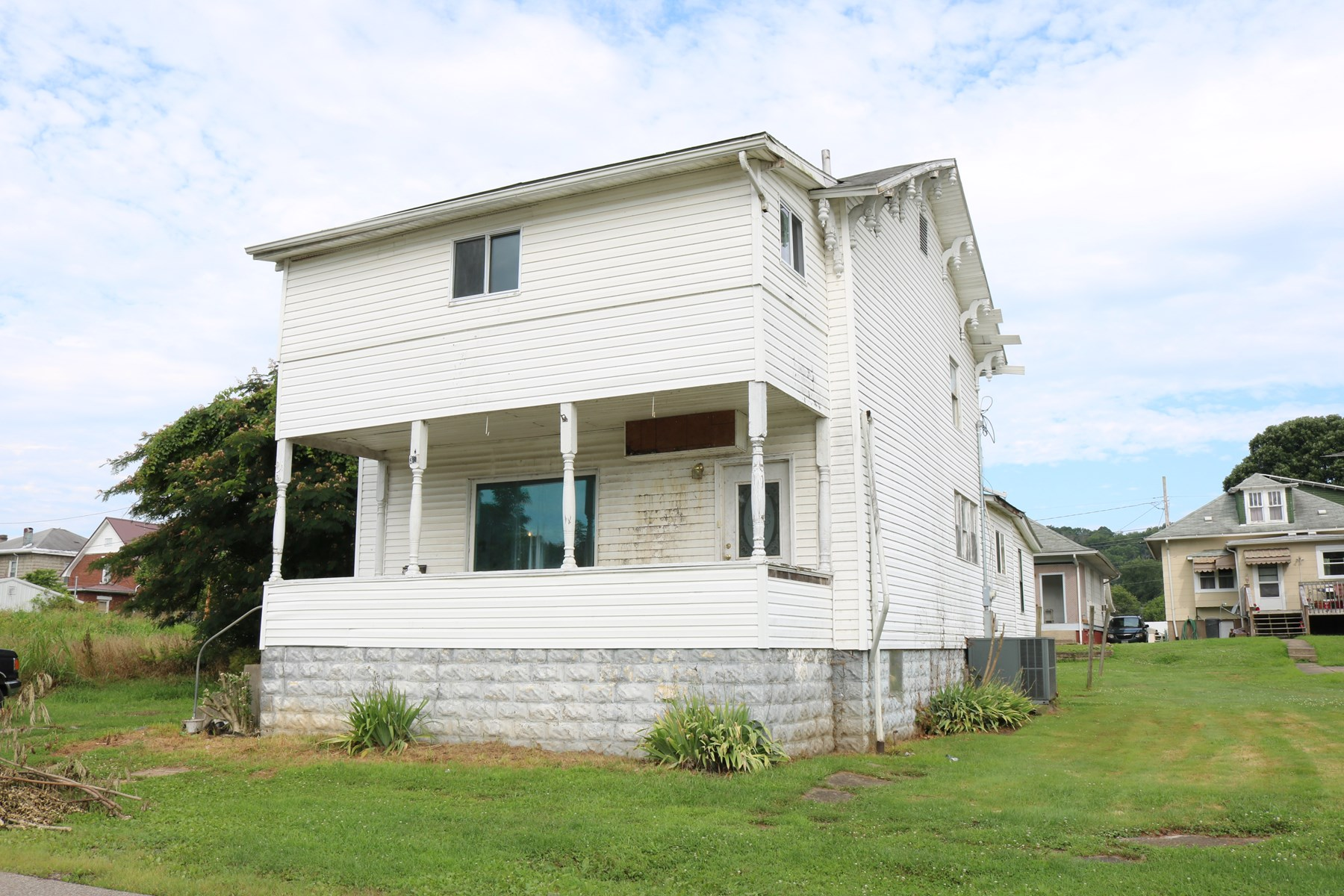 Real Estate Auction   Homeowners Investors Min  Bid 12 500