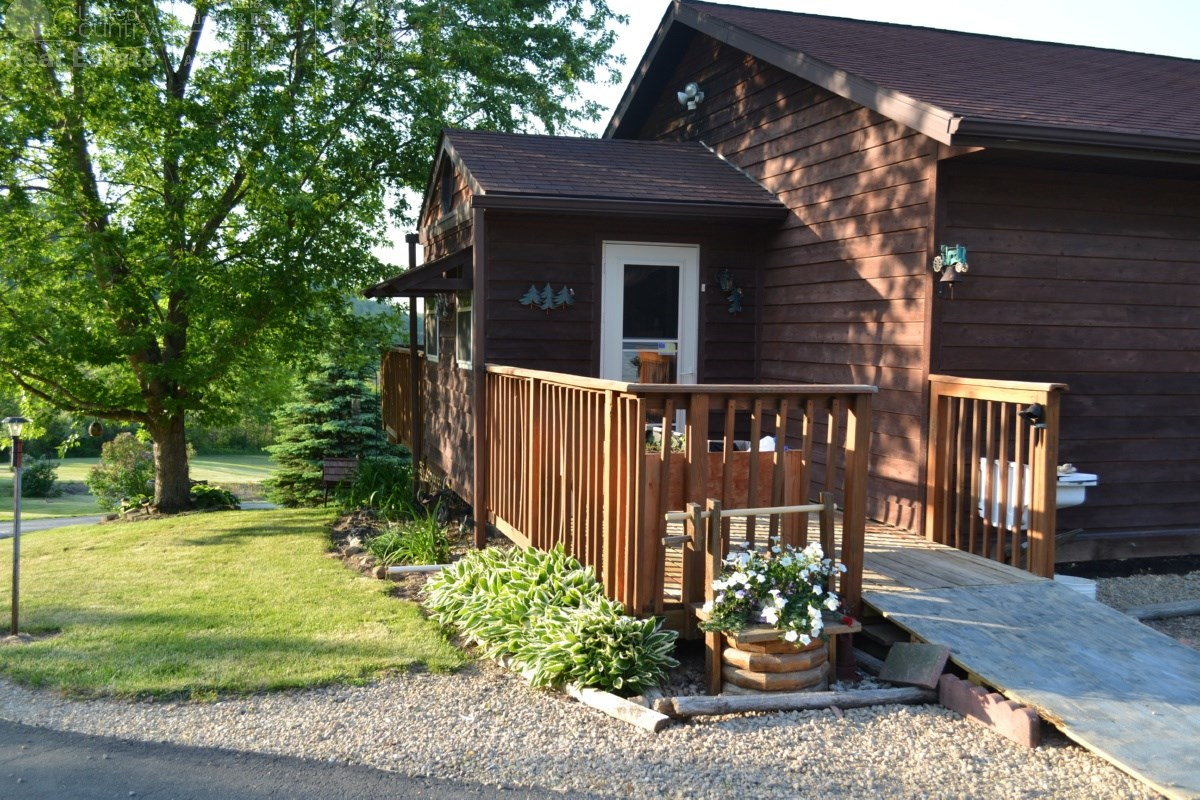 Country Home W/Acreage, Hunting For Sale Richland County WI