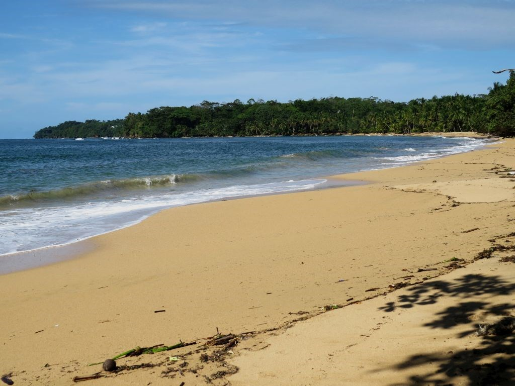 960 feet of beach front land in Bocas del Drago Panama
