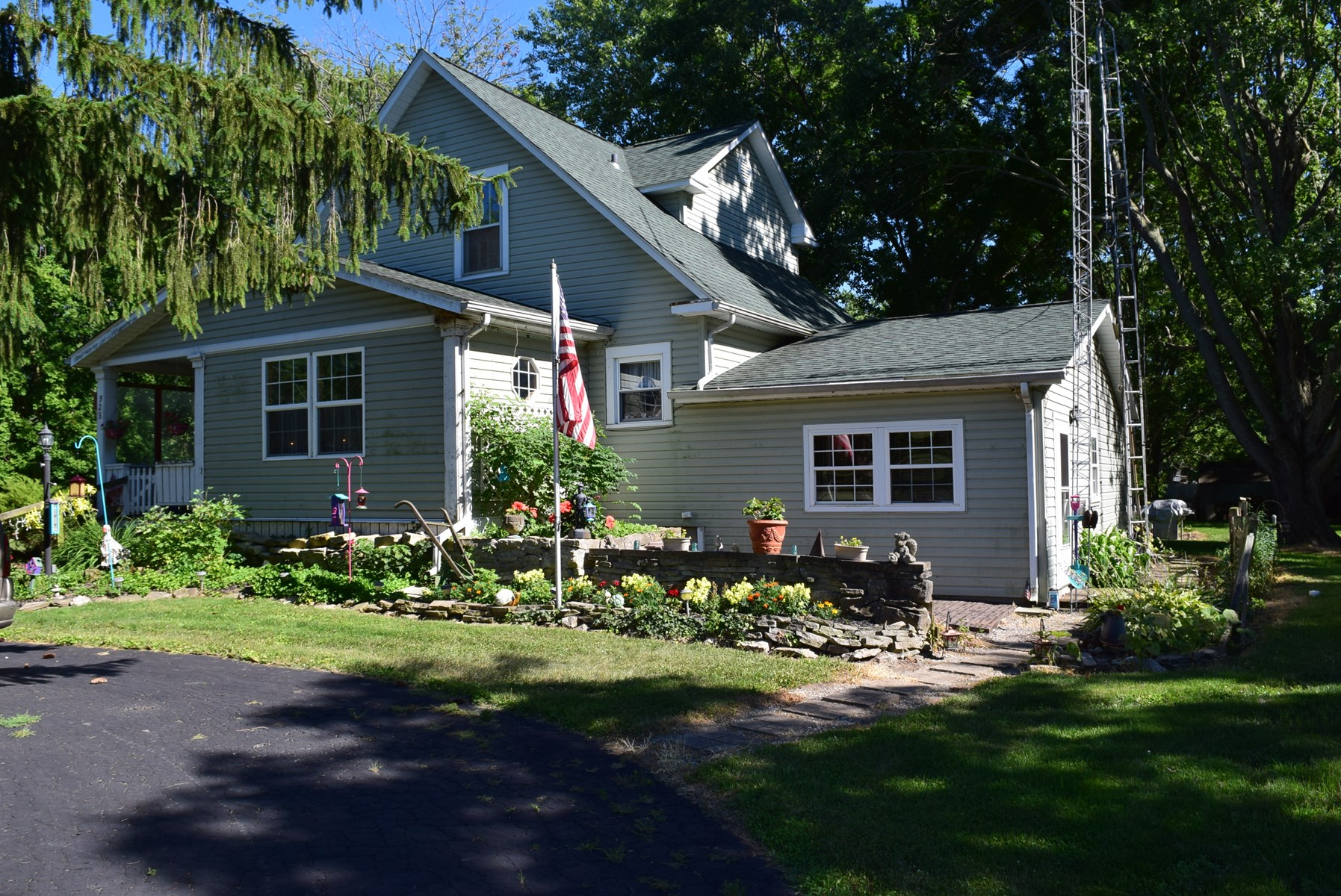 3 BR Home on 1.7 acres, Marion, Ohio