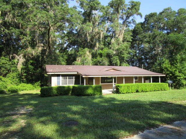 Bristol FL home with metal roof for under $60,000.