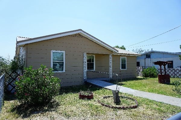 Adorable 3 BR Residence in Fort Stockton, TX City Limits