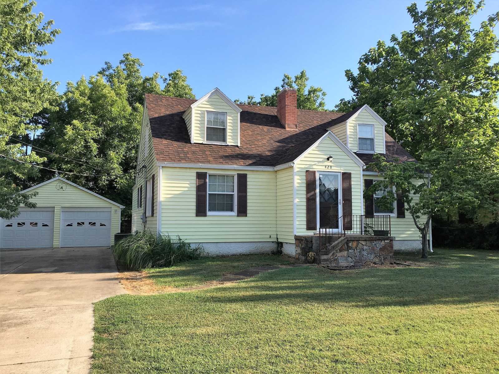 Bolivar MO Home for sale in Town