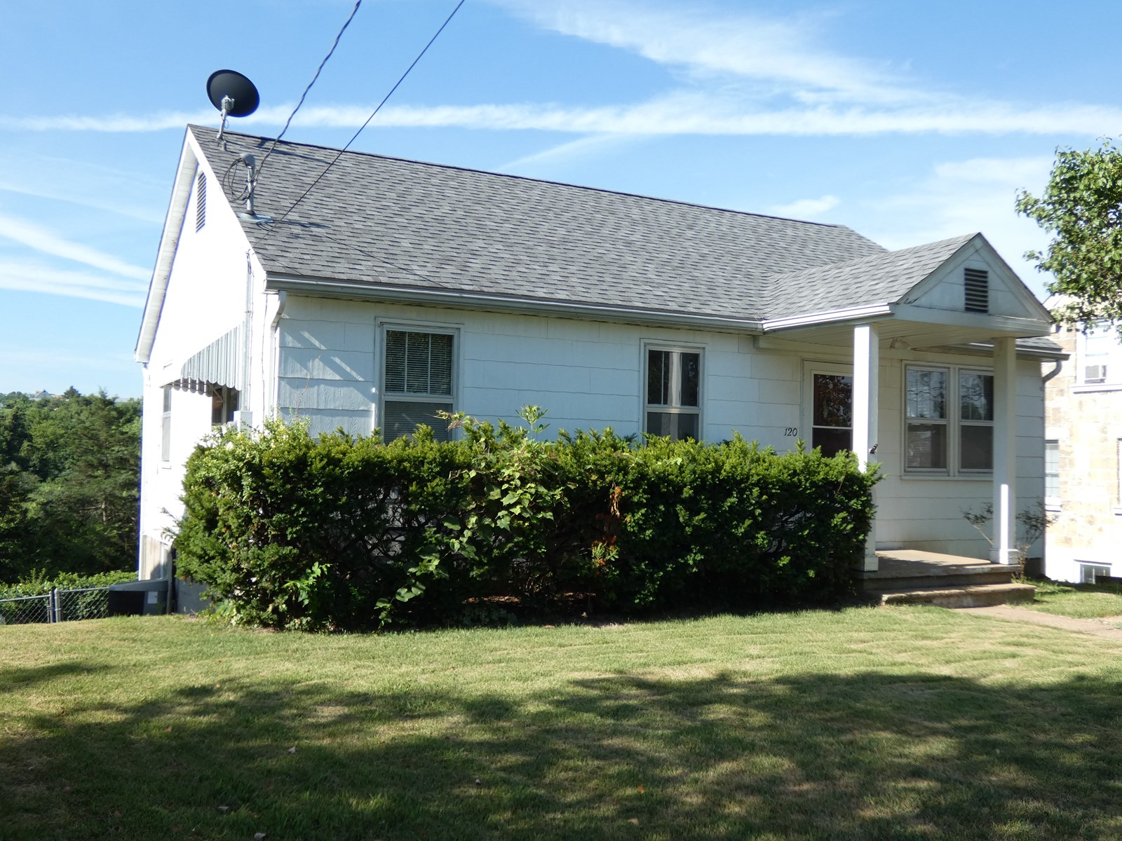Starter Home For Sale in Hermann, Missouri