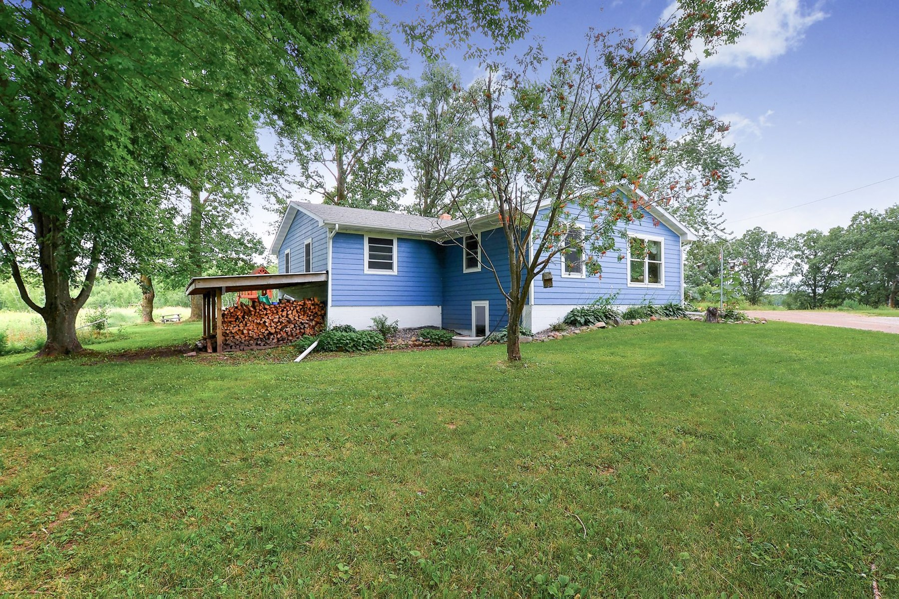 Mille Lacs Country Home For Sale