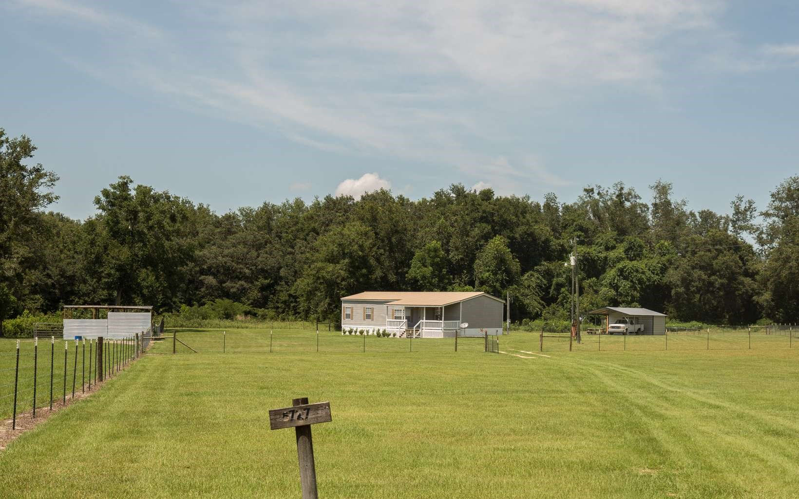 Nice Mobile Home on 20 Acres in Suwannee County, FL