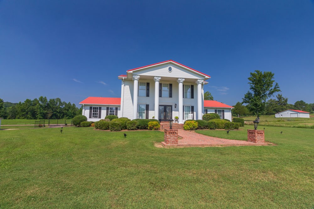 Majestic Southern Home on 20 Acre Equine Farm in West TN