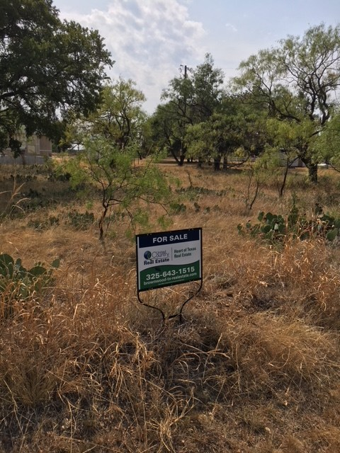 LOT READY FOR YOUR HOME AT THE LAKE