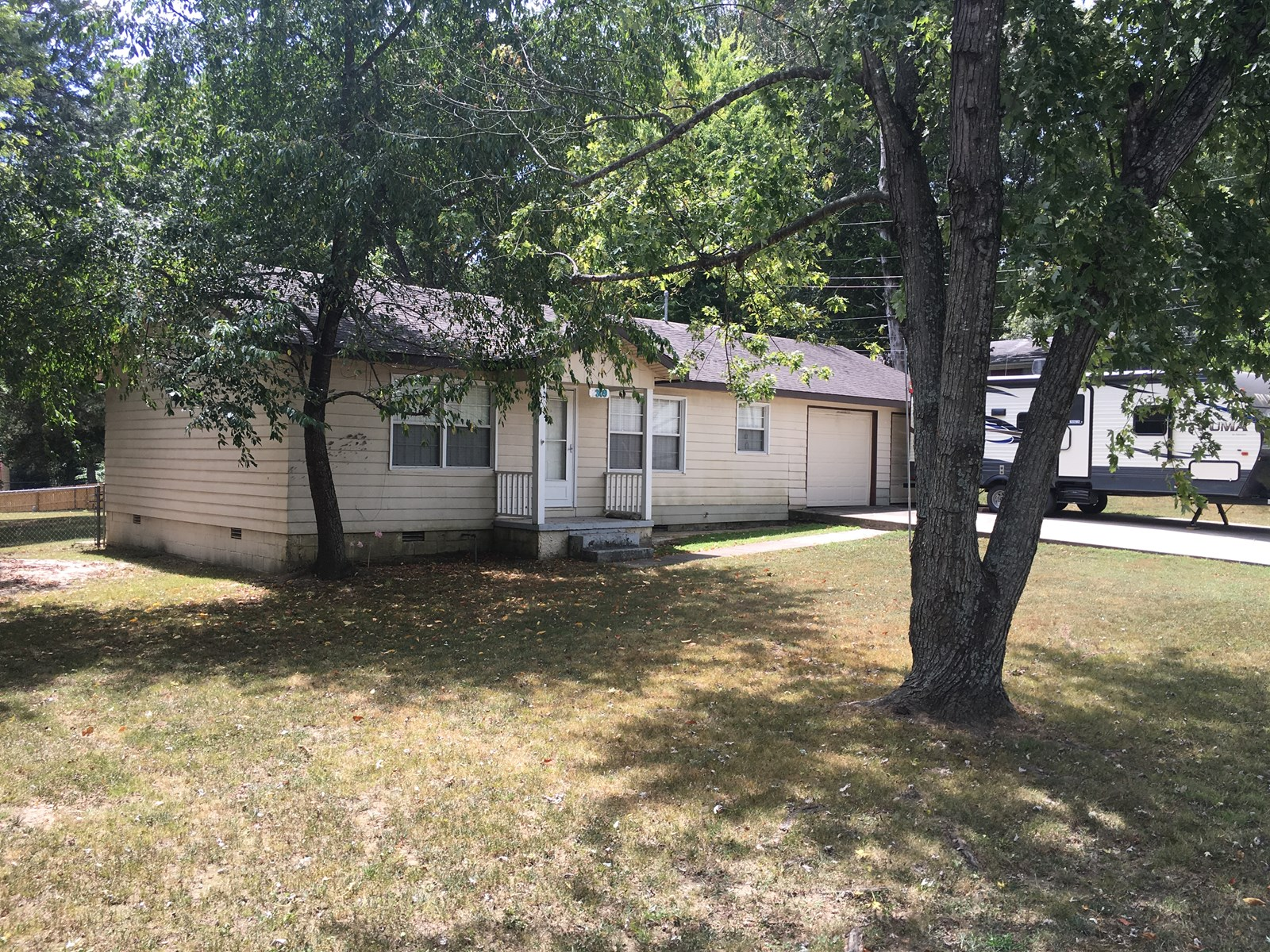 HOME IN TOWN FOR SALE, NORTH ARKANSAS, POCAHONTAS, AR