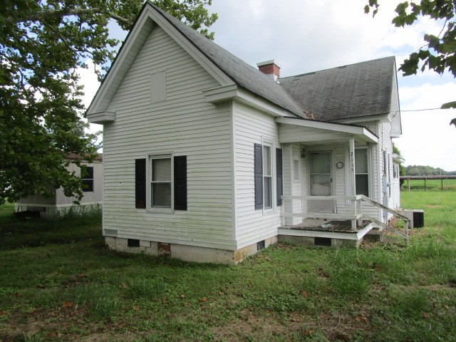 FIXER UPPER HOME-AUCTION ON AUGUST 28TH-HERTFORD, NC
