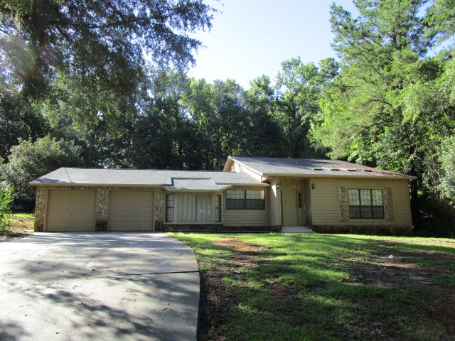 Large Florida home near Hospital and Tallahassee