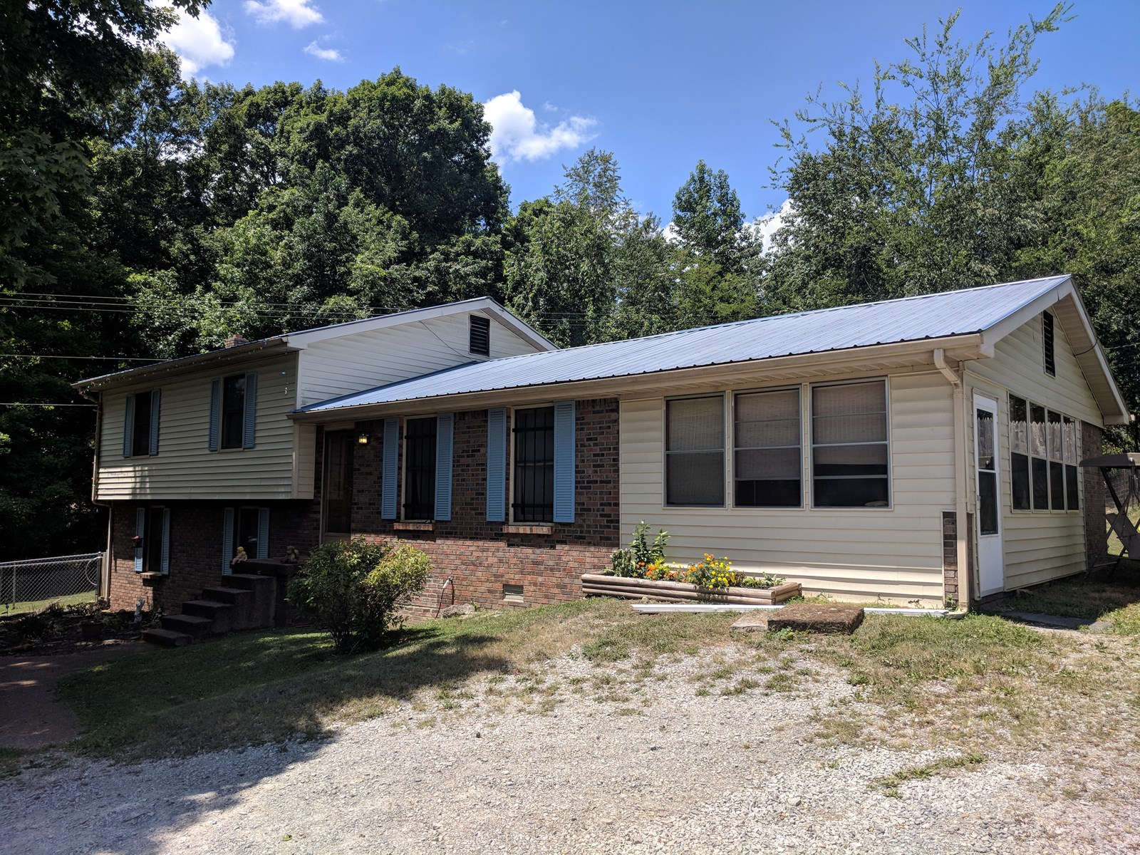 4 Bedroom 3 Bath Home Lyles Tennessee