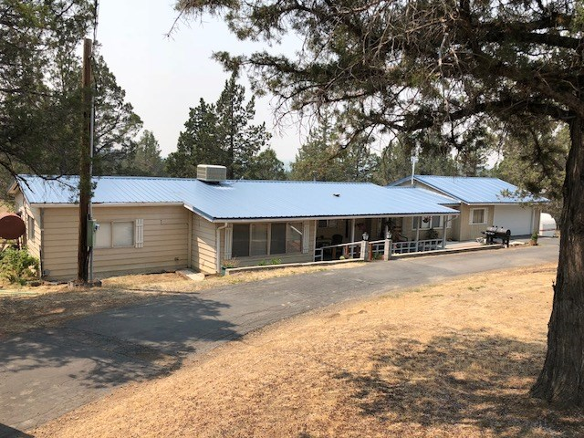 2+bed/2bath Home on 2+/- Acres For Sale in Modoc County.
