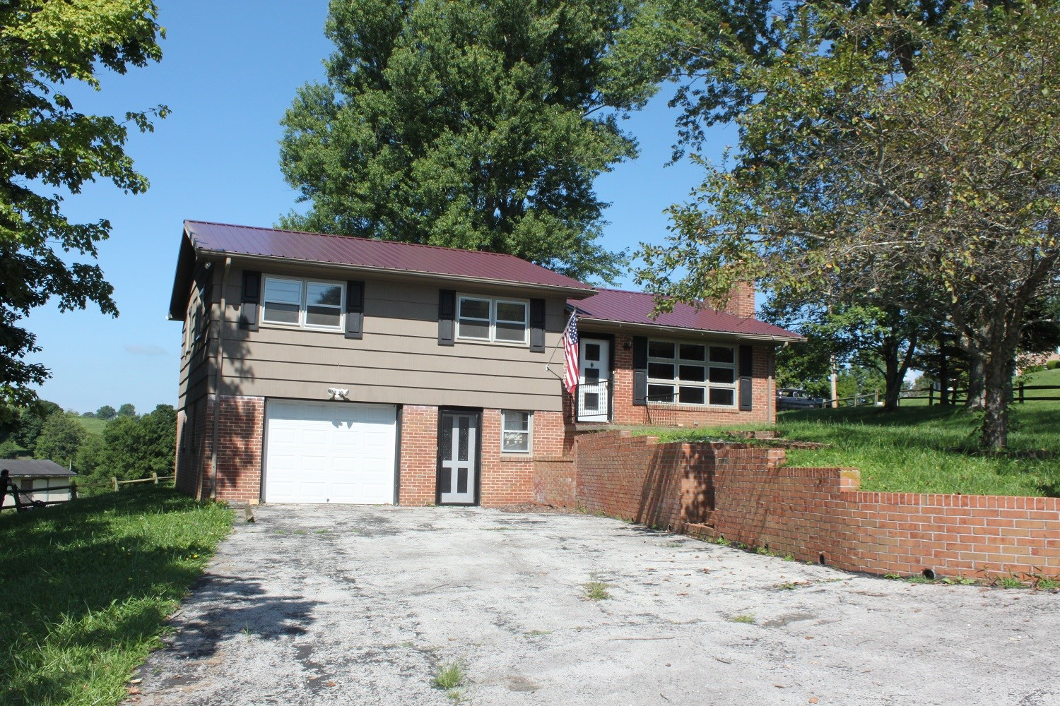 Split Foyer Brick Home For Sale In Chilhowie VA