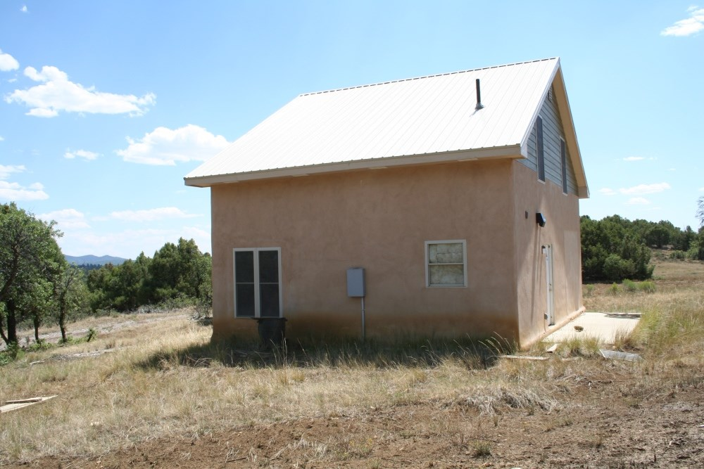 Mountain top Home For Sale South of Chama in the Ponderosa