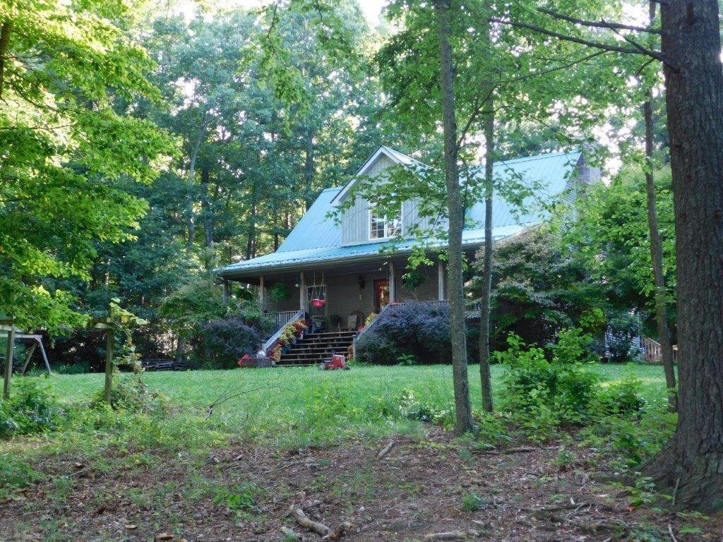 Serene Wooded Retreat for Sale in Floyd VA