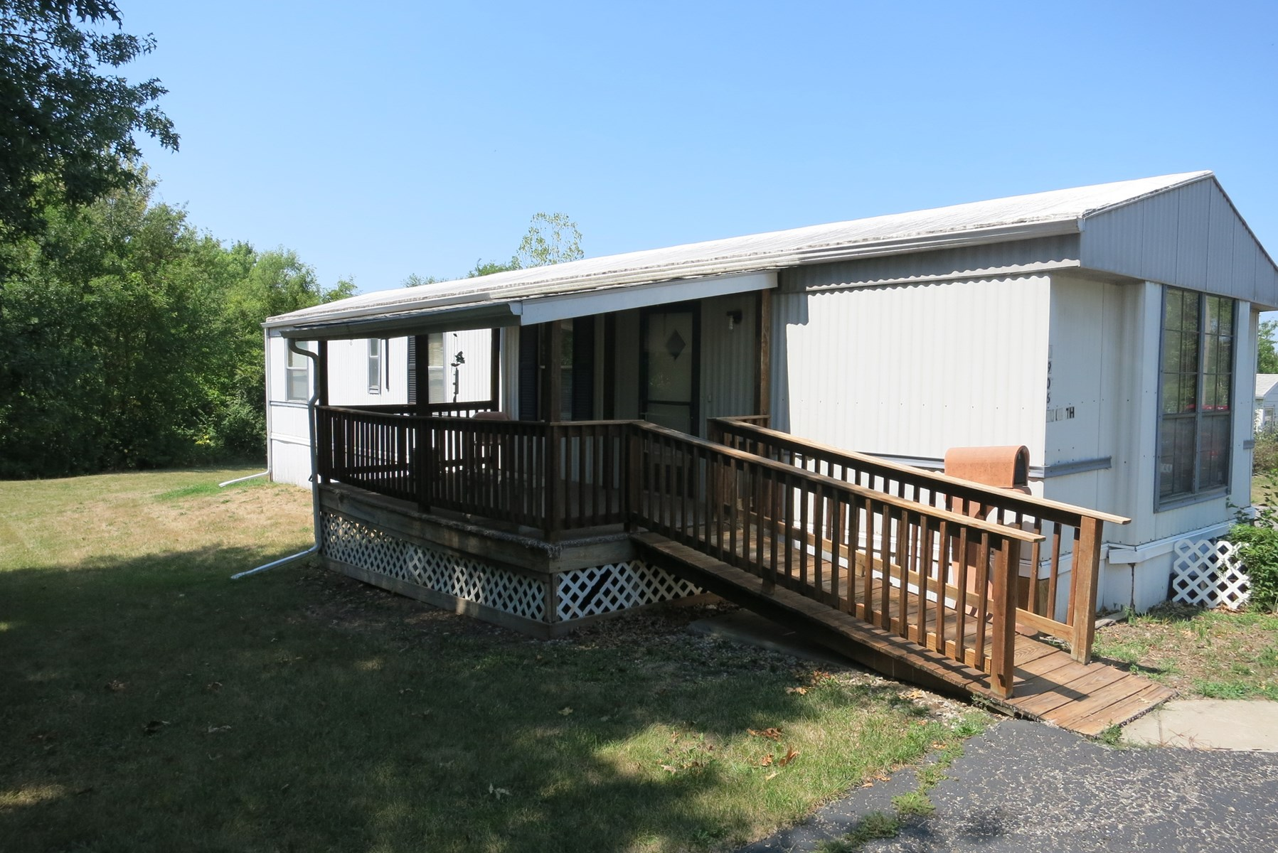 Mfg. Home on Lg. Lot w/40x40 Insulated Garage in Bethany MO
