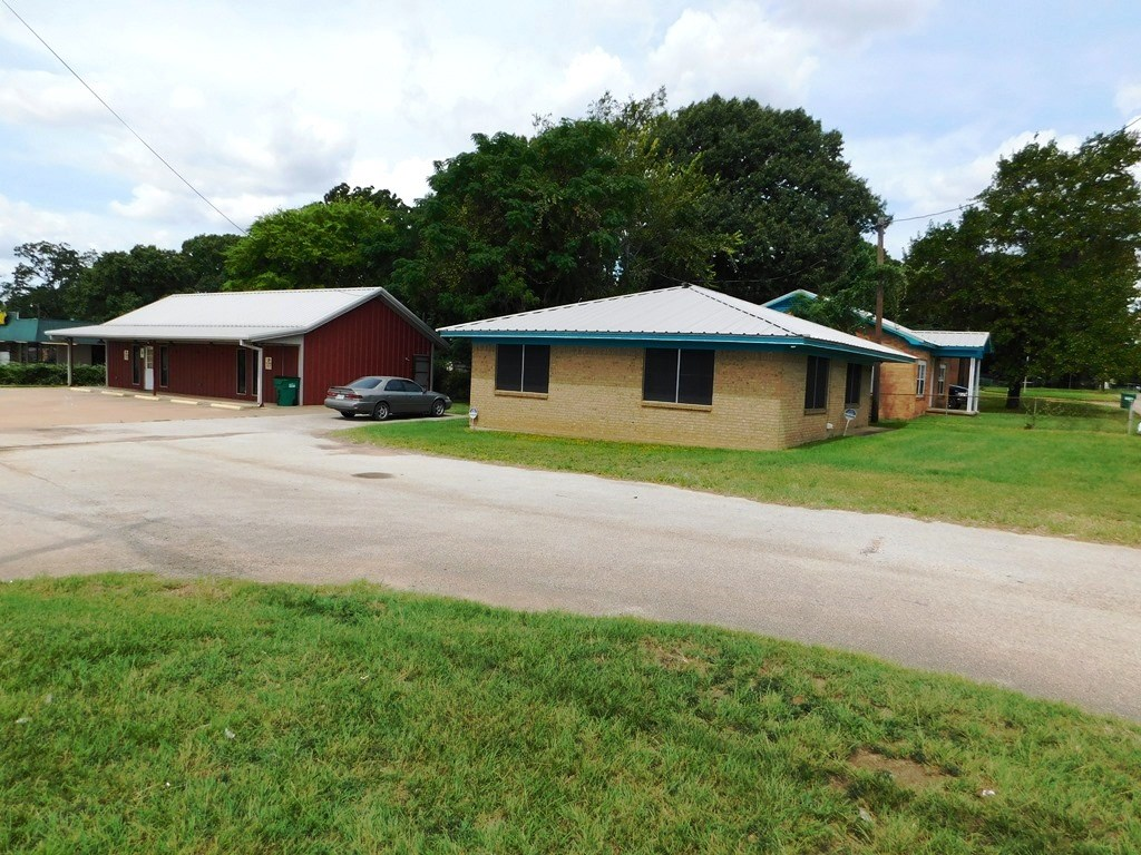 INVESTMENT OPPORTUNITY IN PALESTINE TEXAS