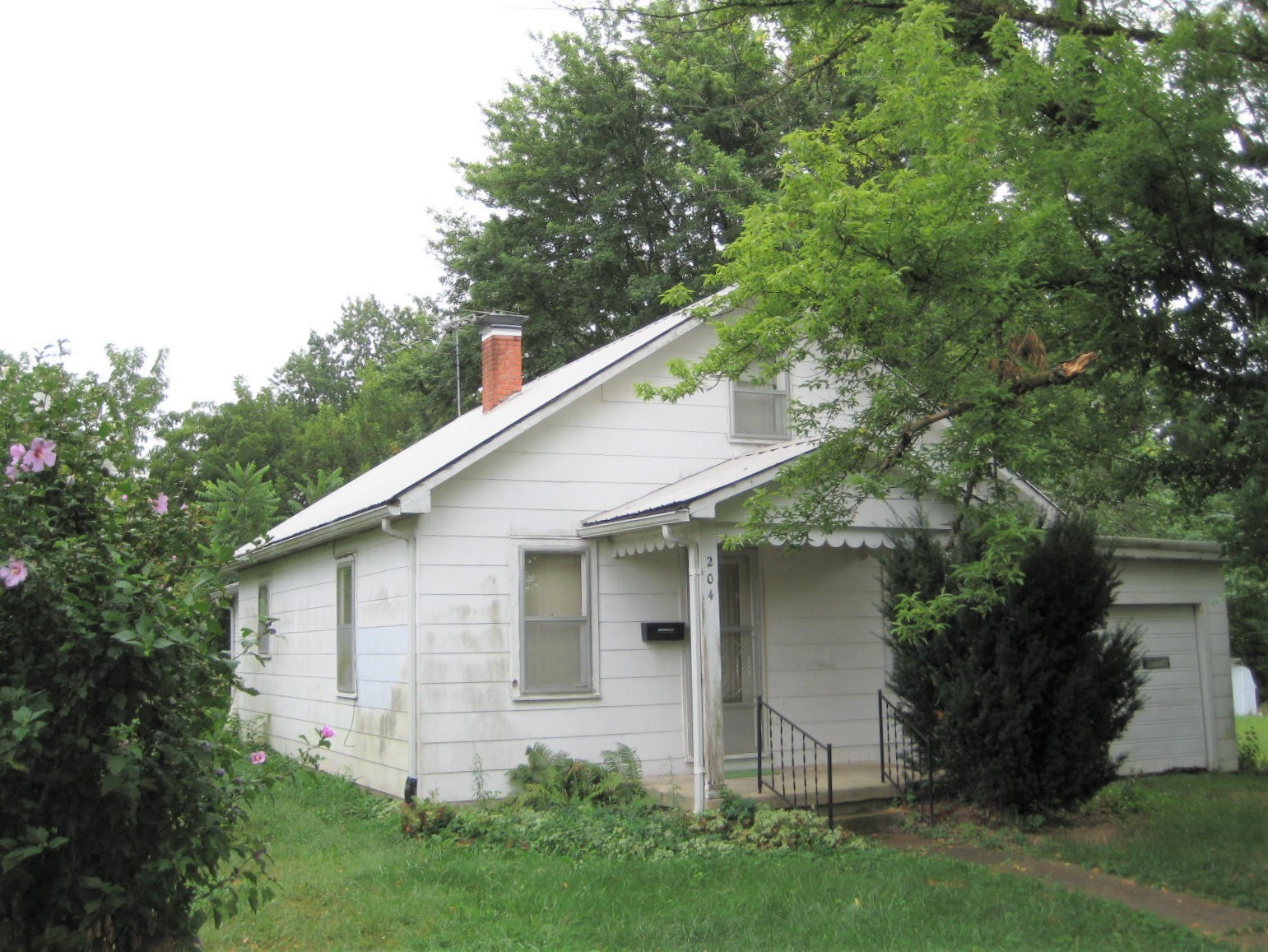 Residential or Investment Income Property For Sale in MO!