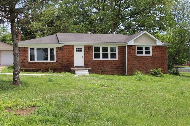 Beautifully Remodeled Home near Bowling Green Ky. for sale.