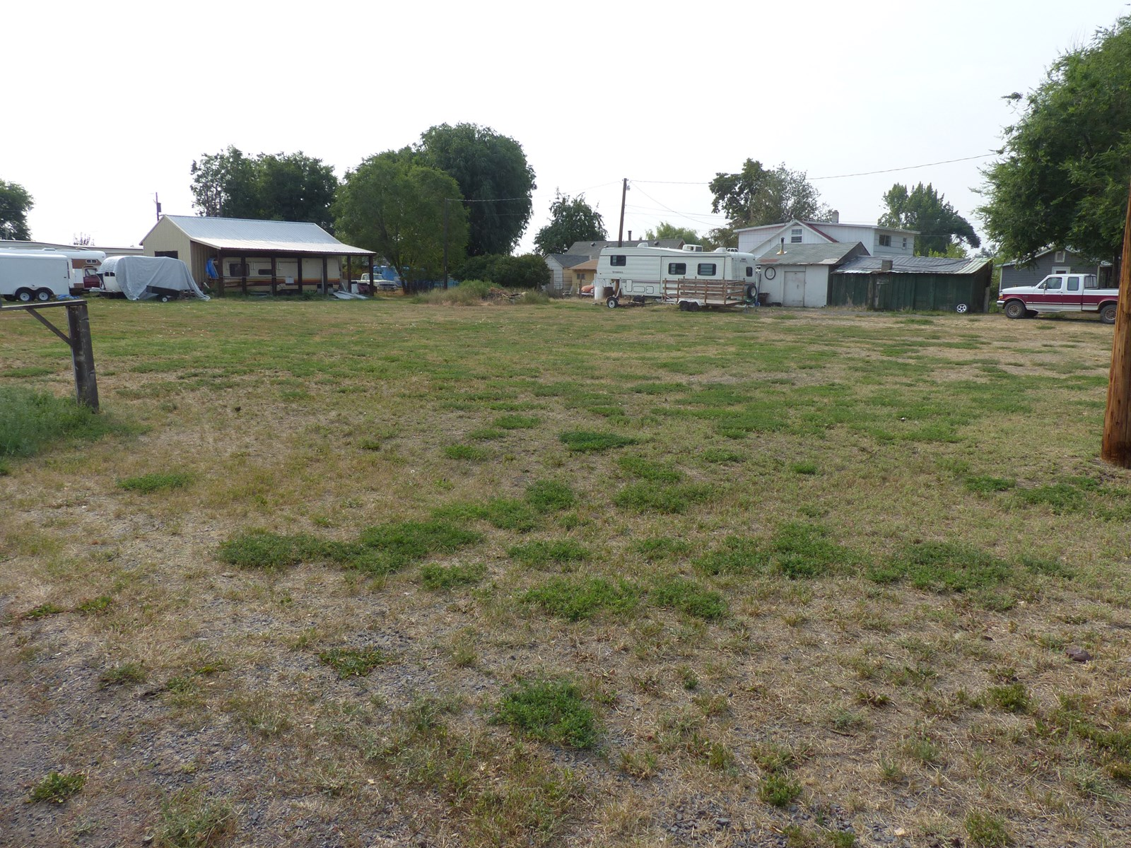 LARGE CORNER LOT FOR SALE IN BURNS OR