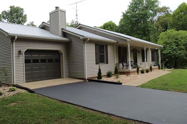 3 Bedroom home & 5 acres for sale near Bowling Green, Ky.