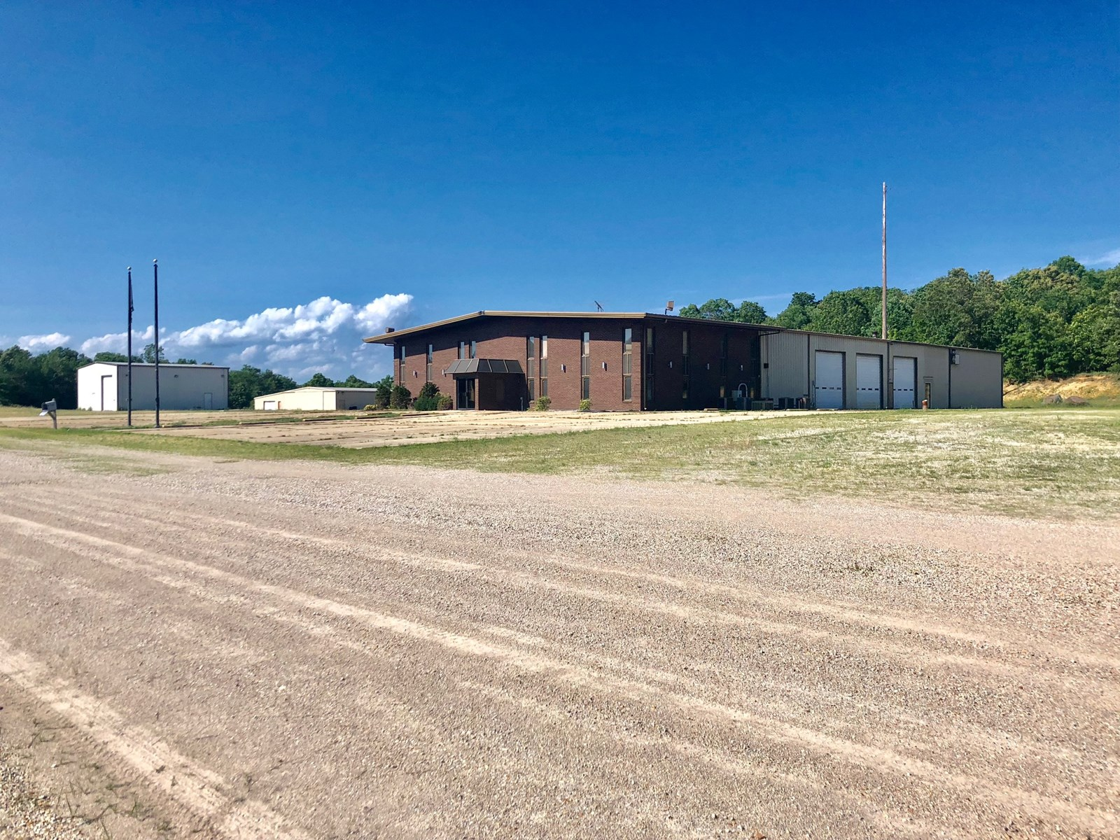 Commercial Real Estate 14+- Acres Poplar Bluff Mo