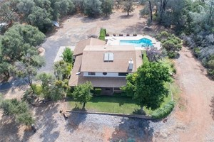 LUXURY COUNTRY LAKE HOME FOR SALE POOL 5 ACRES HILLTOP VIEWS
