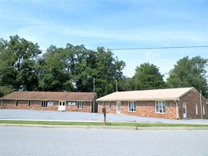 COMMERCIAL/OFFICE BUILDING IN WYTHEVILLE, VA