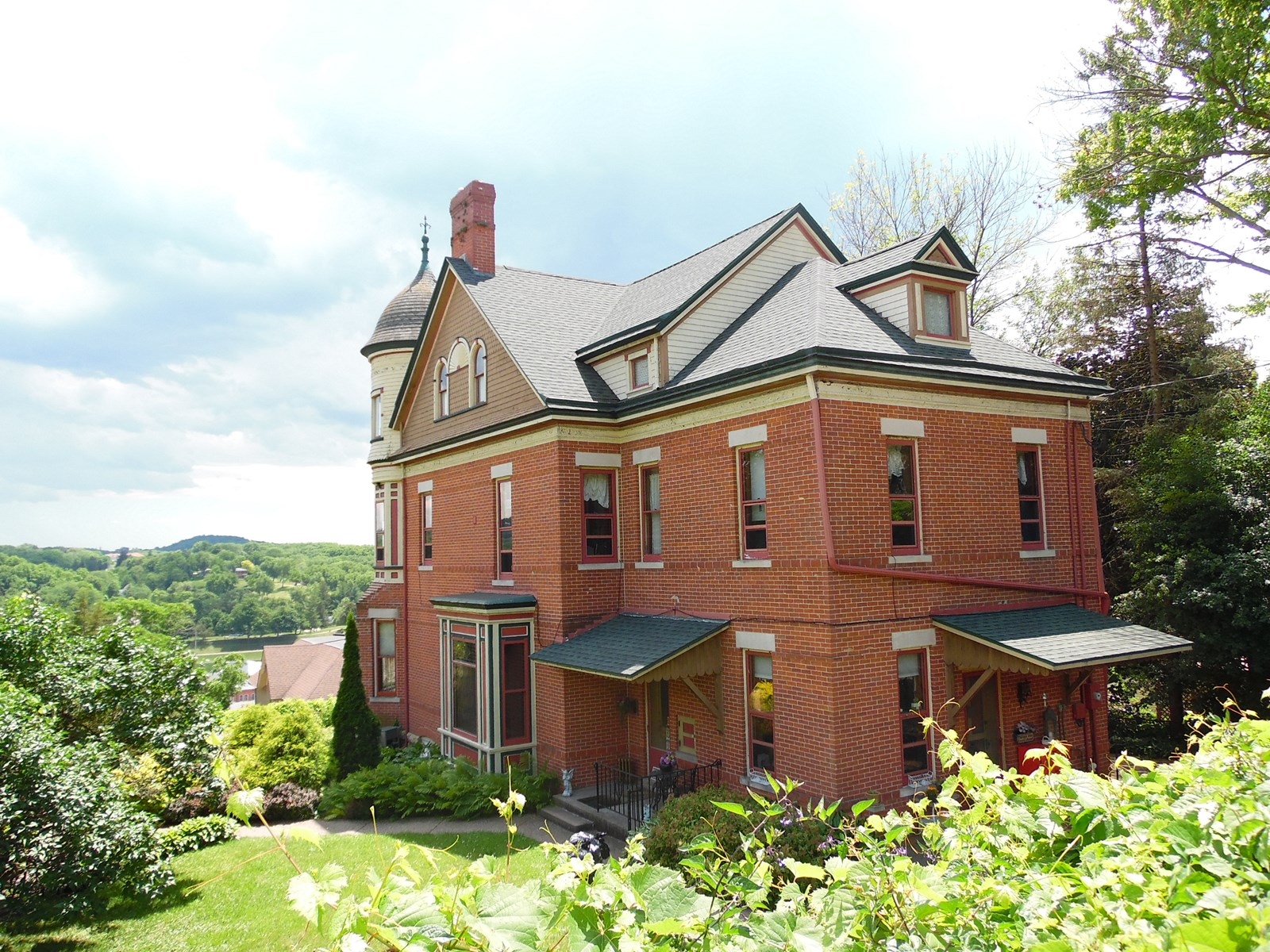 Hellman Guest House Historic Bed Breakfast Galena Il