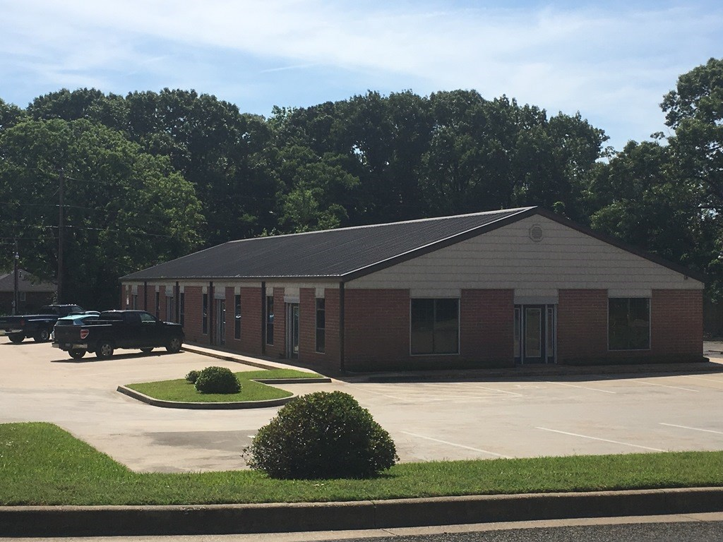 COMMERCIAL OFFICE FOR LEASE