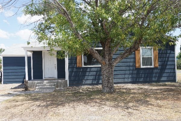 NEWLY REMODELED 3-2 HOUSE FOR SALE FORT STOCKTON, TX