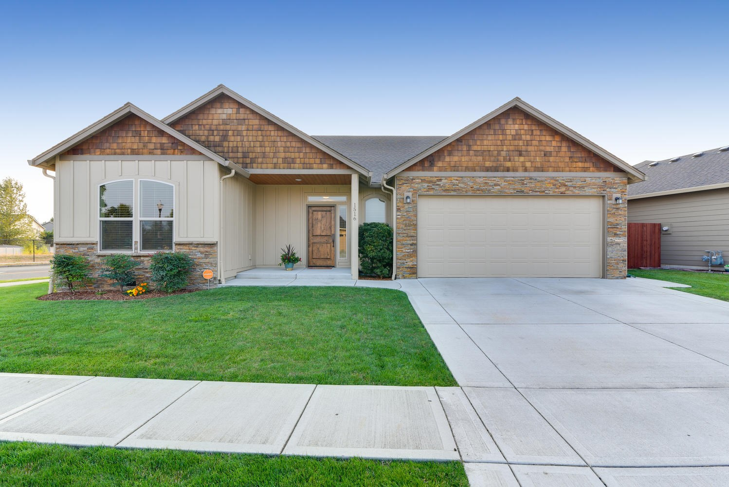Immaculate 4-bedrm, 3-bath open-concept home on corner lot