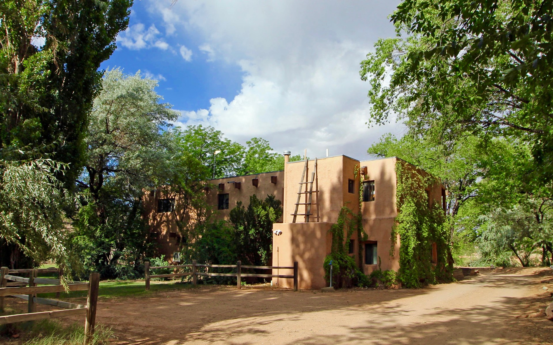 Colorado Bed and Breakfast For Sale in Southwest CO
