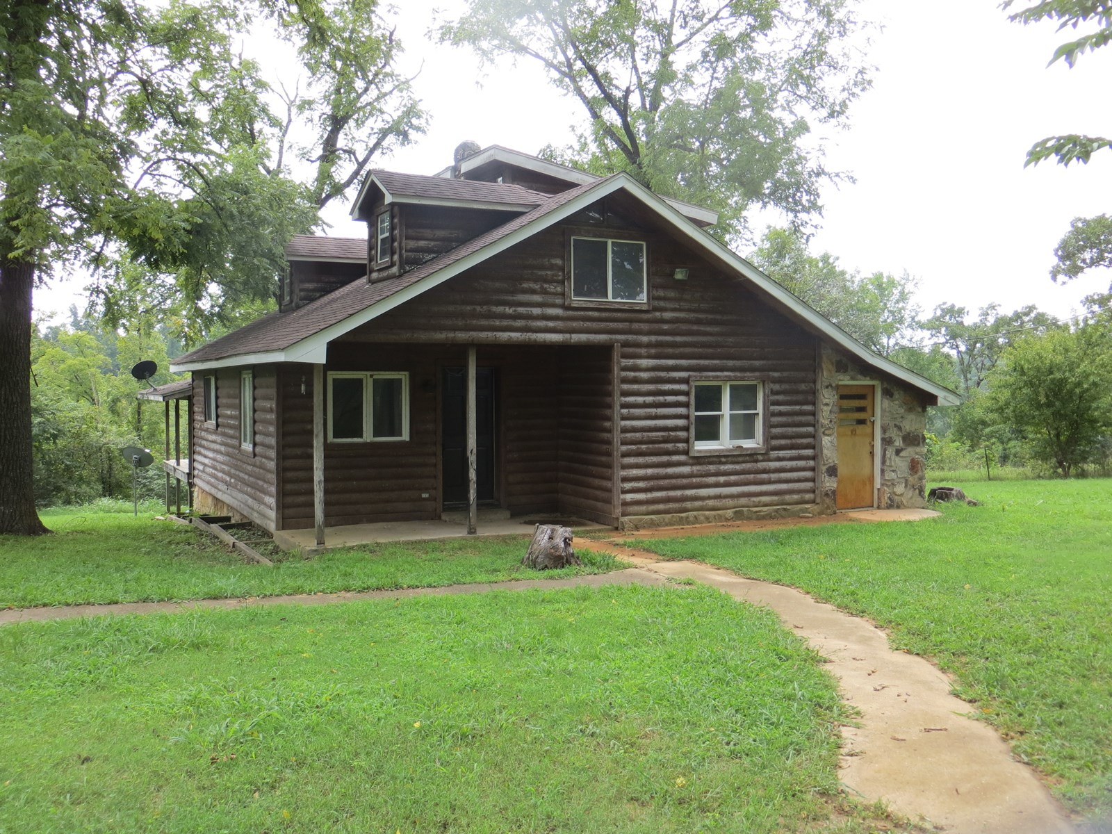 Two Cabins for Sale in Northern Arkansas