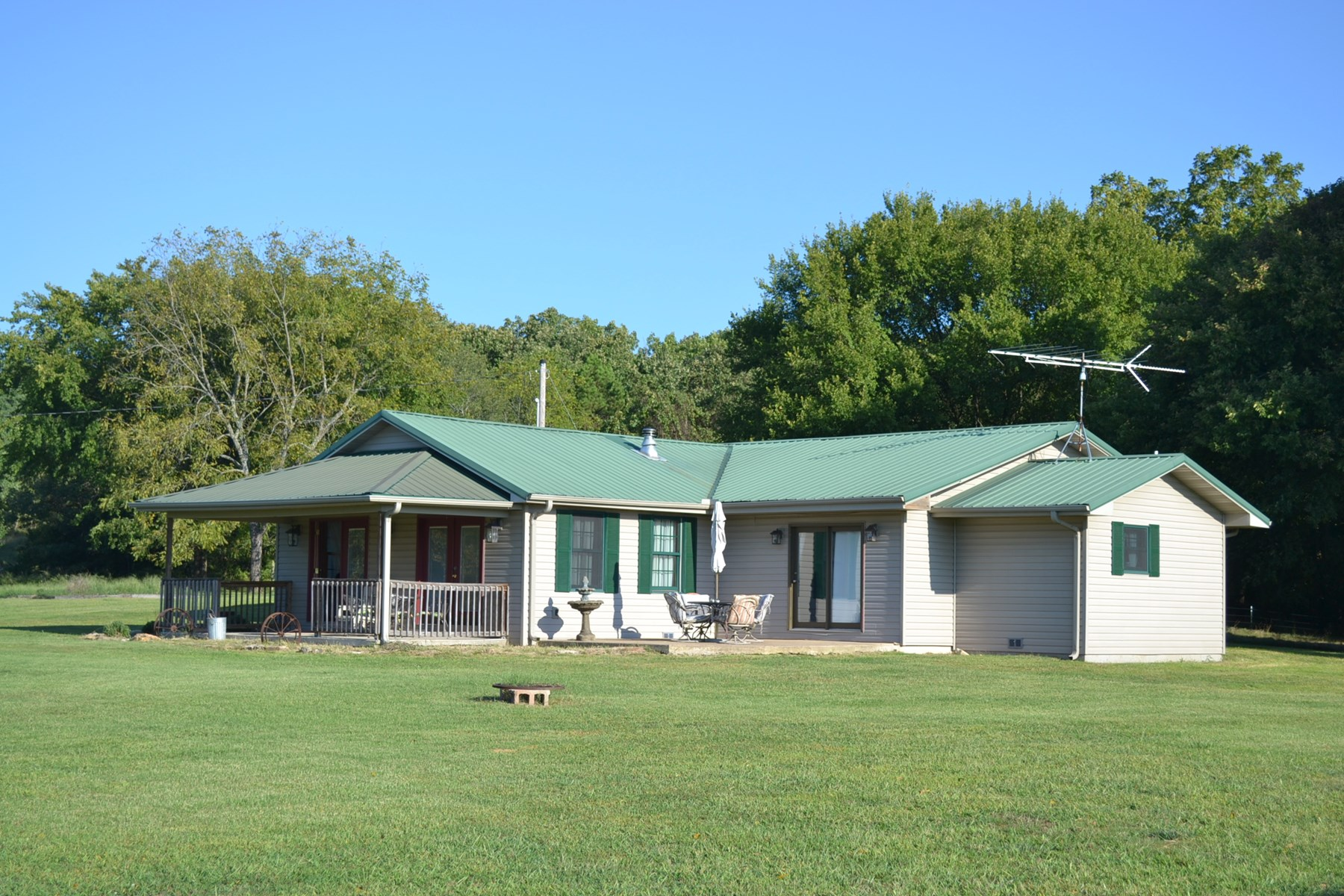Ranch for Sale in the Missouri Ozarks - Horses or Cattle