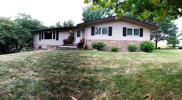 Beautiful Ranch Home on Pavement, Albia, IA