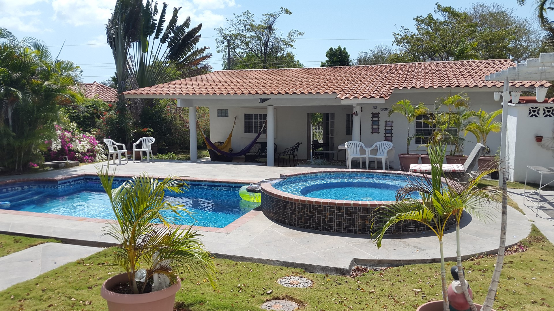 HOUSE IN CORONADO FOR RENT In PANAMA