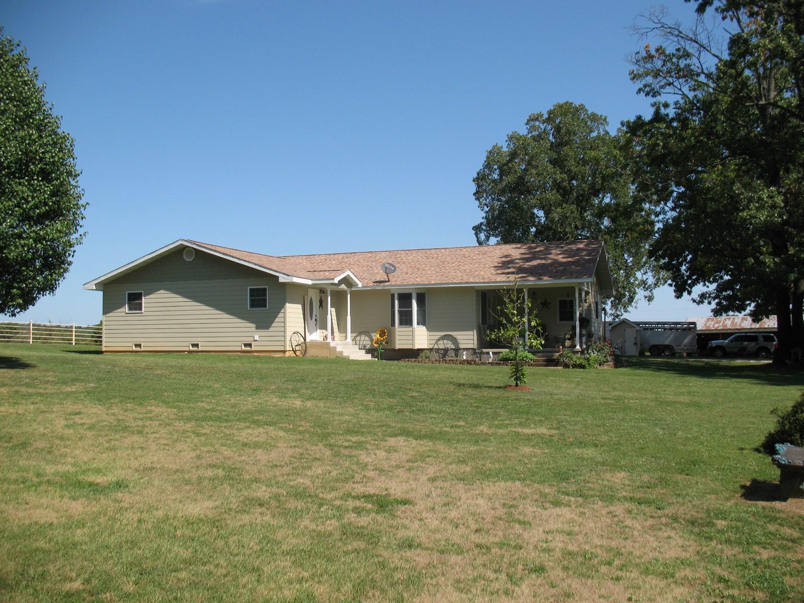 Missouri Ozarks, Livestock, Dairy, Cattle, Ranch, Hay, Farm