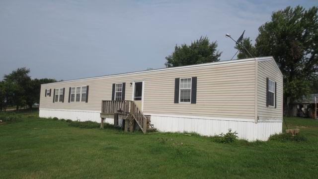 Country Living on 20 Acres w/ 3 Bedroom Home