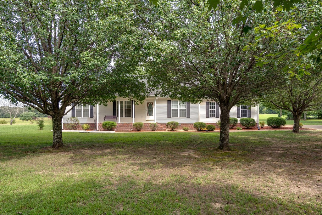 Hohenwald, Tennessee, Lewis County Country Home For Sale