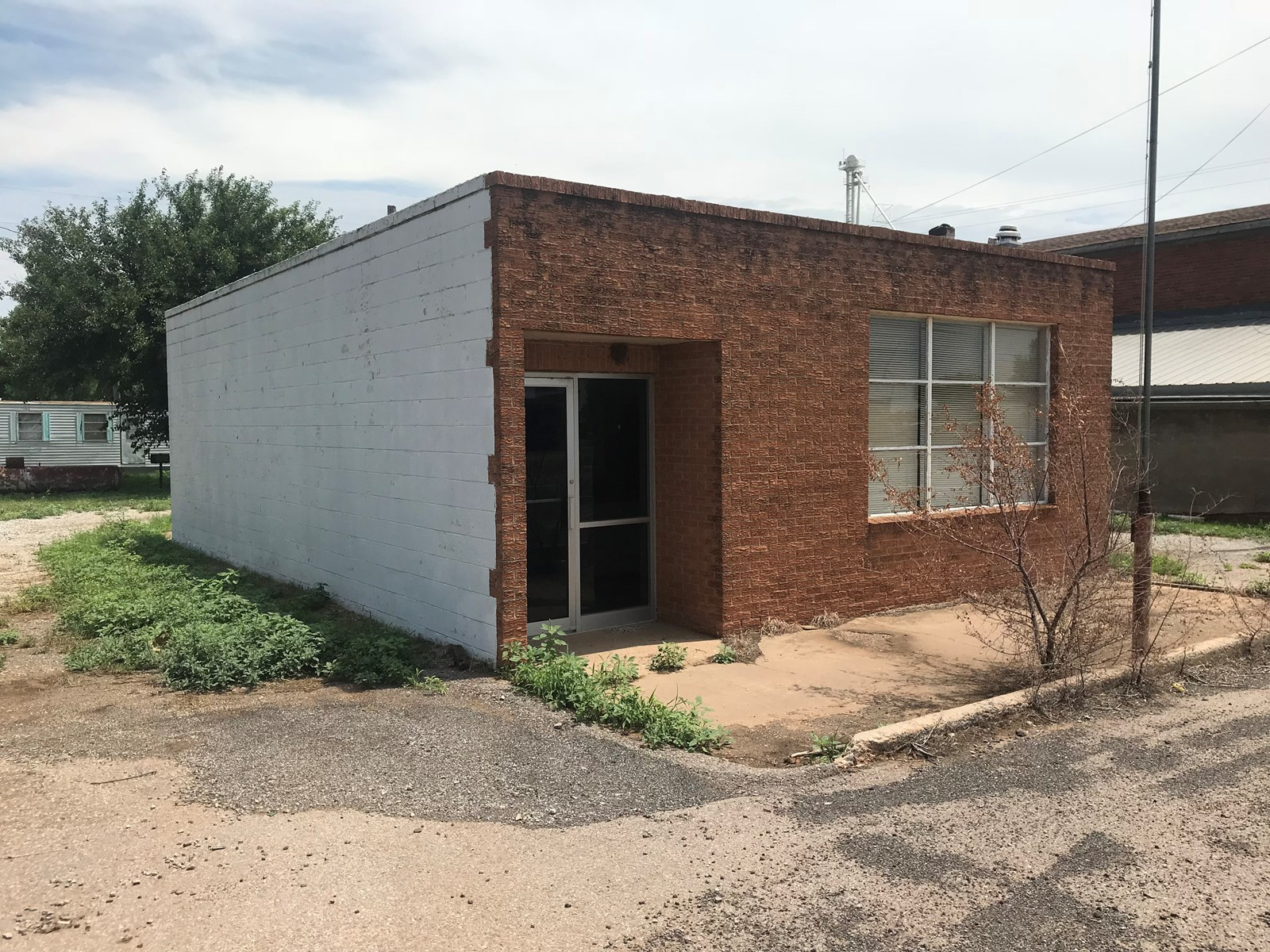 Commercial Building for Sale, Putnam, OK 73659 Dewey, Co.