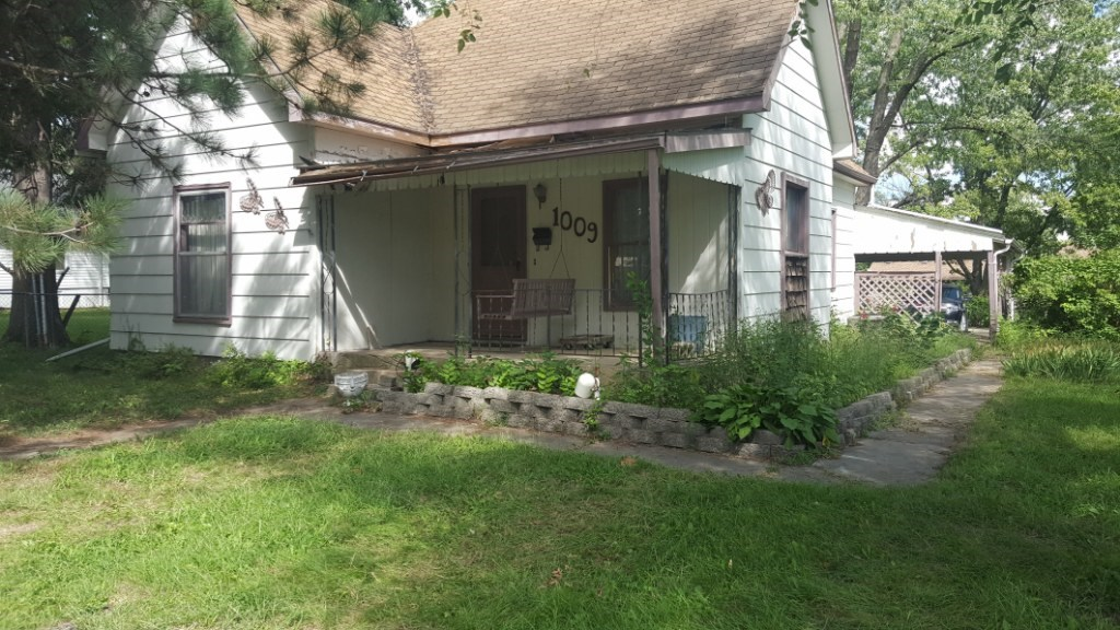 Home On A Good Size Lot, Nice Street, For Sale, Chillicothe
