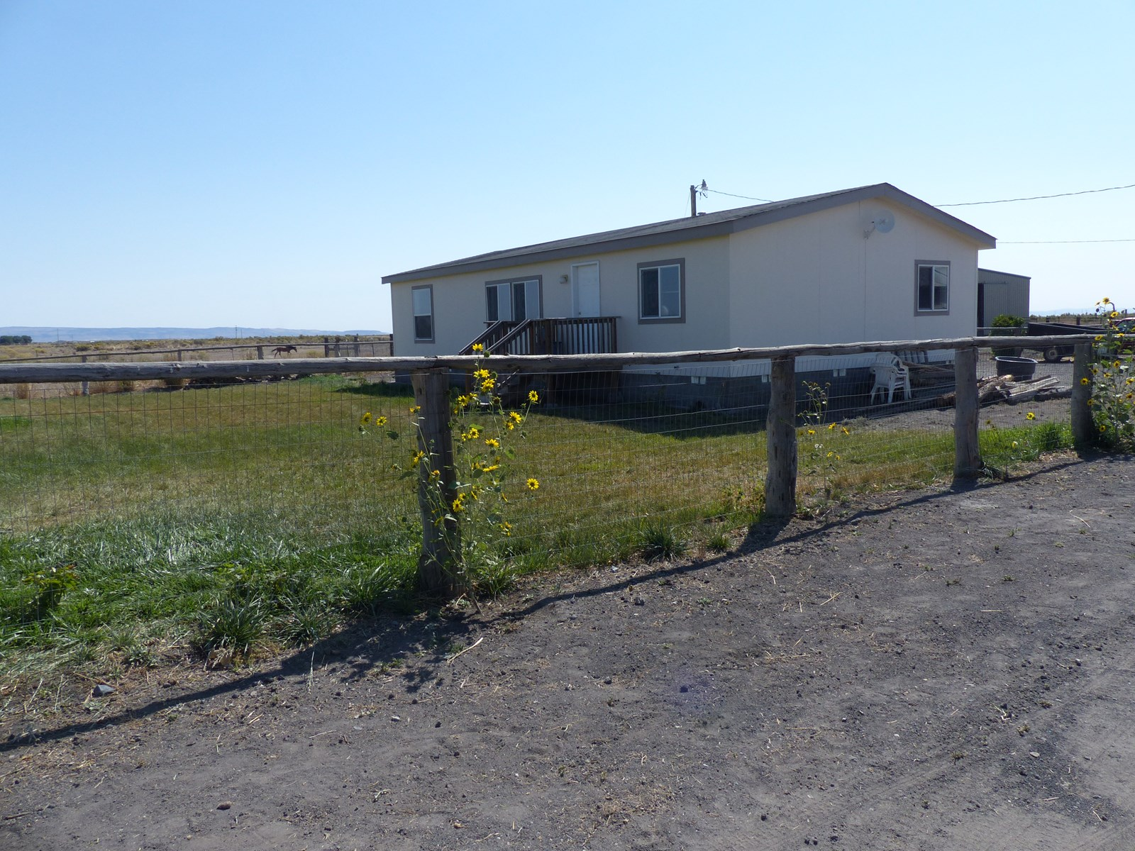 HORSE PROPERTY FOR SALE IN BURNS OR -  OWNER TERMS!!!