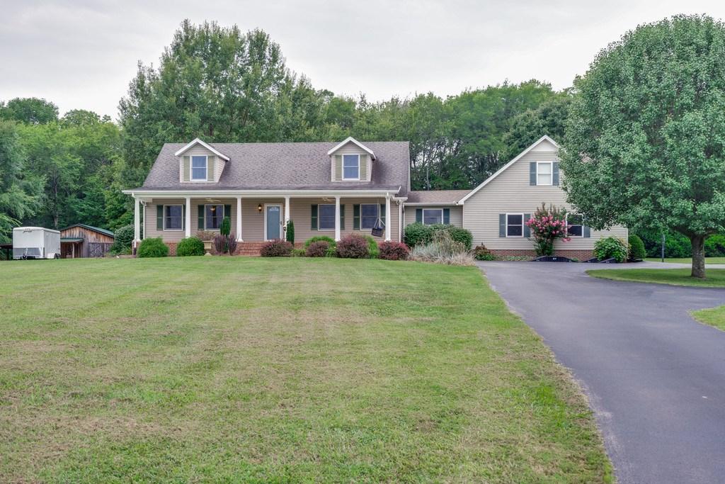 Culleoka, Tennessee Maury County Custom Home with Acreage