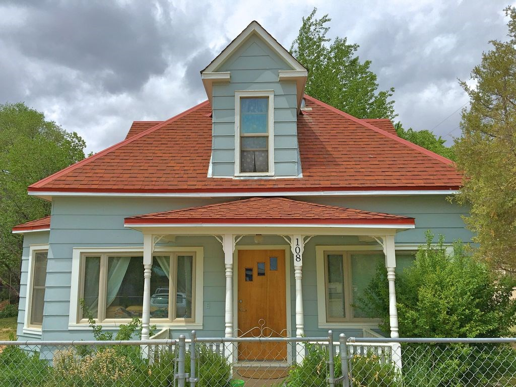 Beautiful historic Victorian home in Southwest Colorado town
